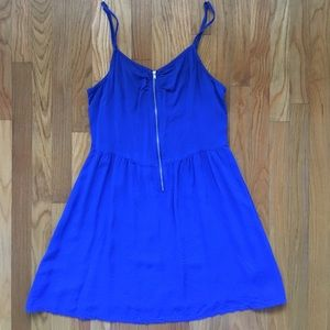 H&M Blue Flowing Formal or Casual Zipper Dress